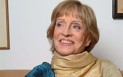 דבורה עומר (צילום:  יוסי צבקר, ויקיפדיה)