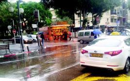 גשם בתל אביב מזג אויר סוער