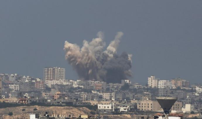 הפצצות בעזה בצוק איתן