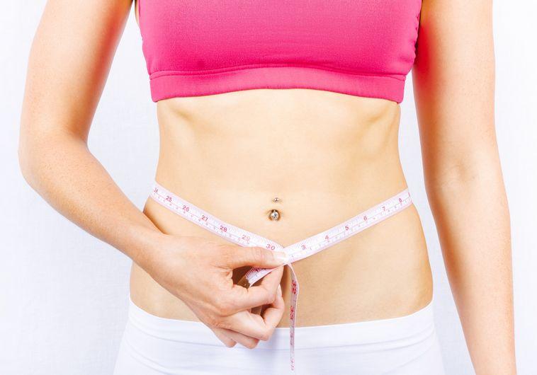 אנשים שאכלו לאט יותר היו בעלי היקף מותניים צר יותר. אילוסטרציה: אינגאימג