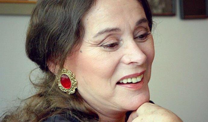 הסופרת אלונה פרנקל