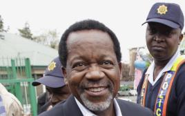 חבר הפרלמנט הדרום אפריקאי, קנת משו