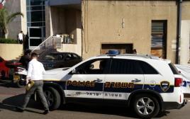 משטרה מגיעה לסניף ליכוד, בני ברק