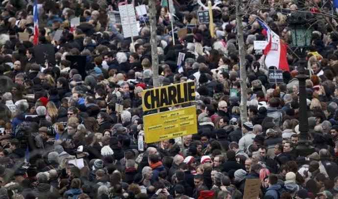 אלפים בכיכר הרפובליקה, פריז