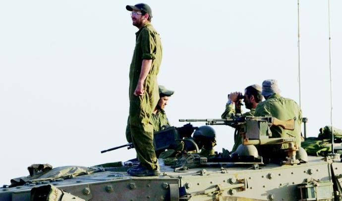 חיילי מילואים בצוק איתן (למצולמים אין קשר לכתבה)