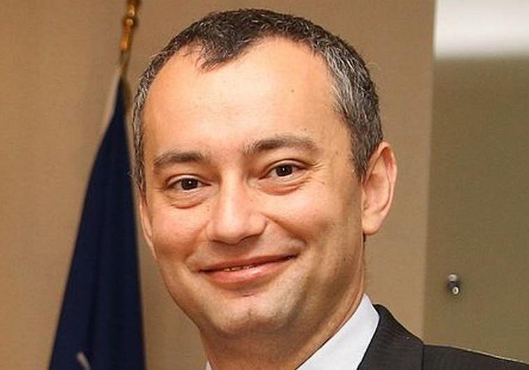 ניקולאי מלאדנוב