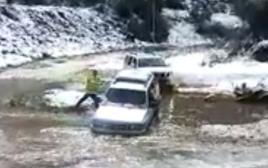 חילוץ רכב שנסחף ליד ירושלים