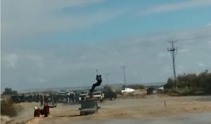 חילוץ רכב שנסחף בנחל הבשור