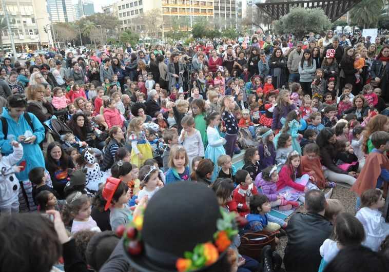 מחאת ההורים בכיכר רבין