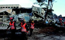 חיילי פיקוד העורף מתרגלים פינוי פצועים מזירת אסון, אתמול בגליל