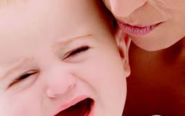 כאשר בתך עוברת את ההתקף הזה את פשוט צריכה לקחת אותה בזרועותייך ולחבק אותה