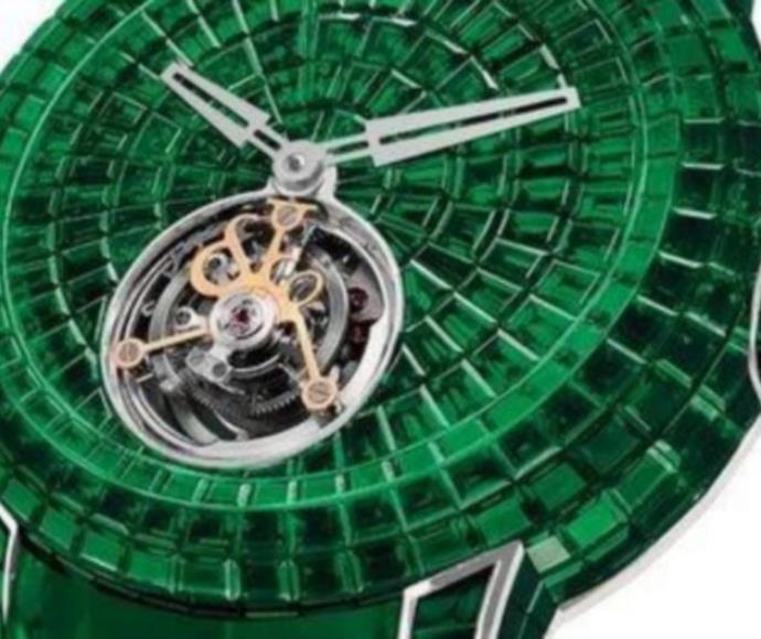 שעון מאבני ברקת ירוקות