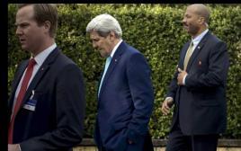 ג'ון קרי בשיחות הגרעין עם איראן בלוזאן