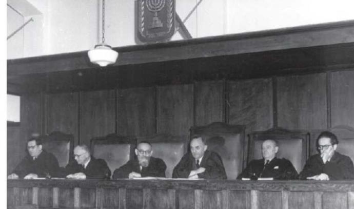 שופטי בית המשפט העליון ב-1953