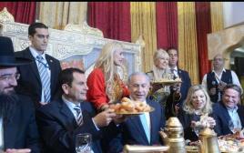 ראש הממשלה בנימין נתניהו ושרה נתניהו בחגיגות המימונה באור עקיבא