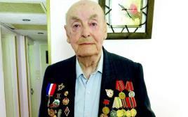 מייג׳ור מוסיי, שהיה בין  משחררי אושוויץ