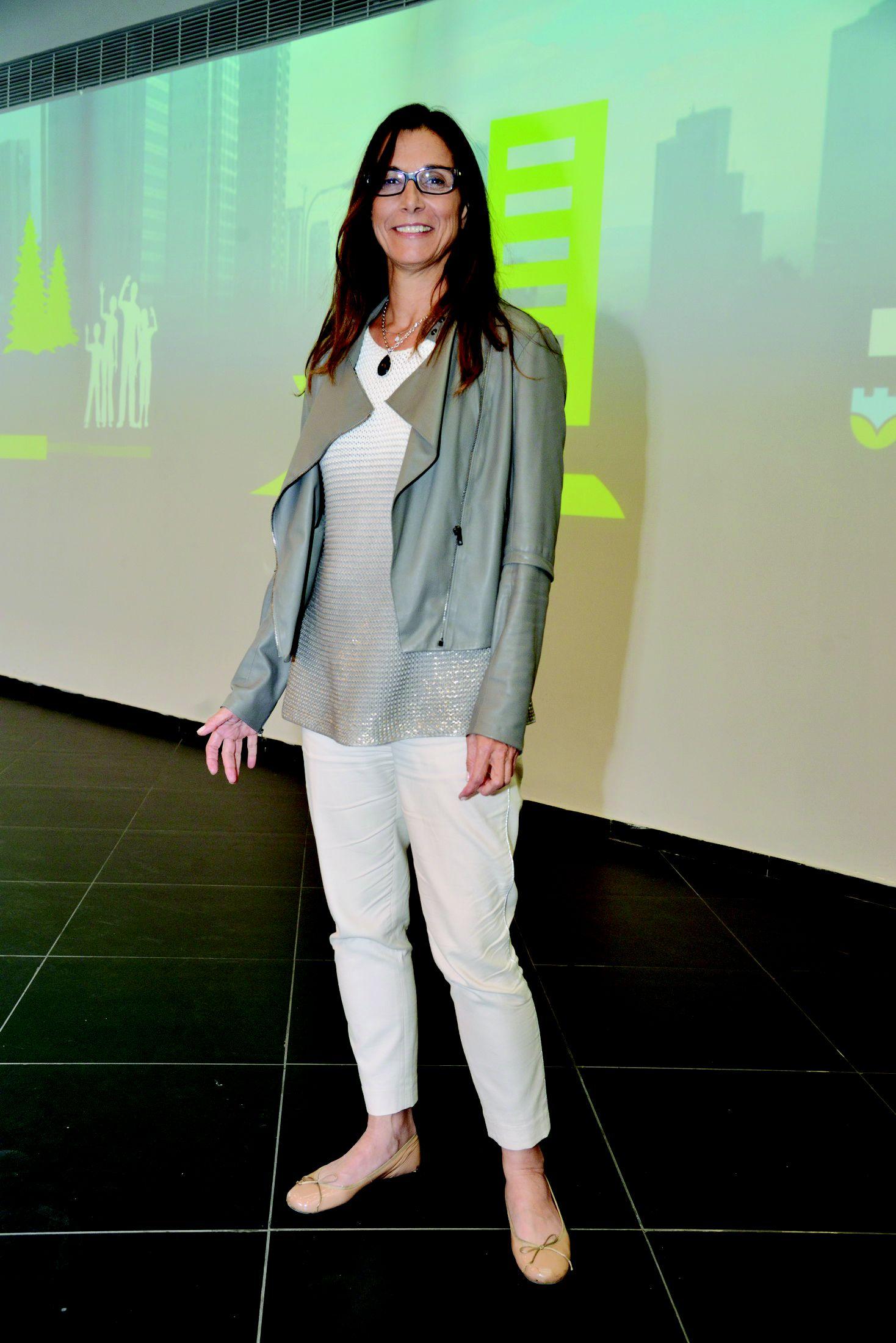 דינה נבות  (צילום: יח''צ)