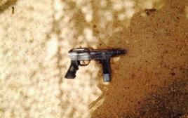 הנשק של המחבל בניסיון הפיגוע בבקעה