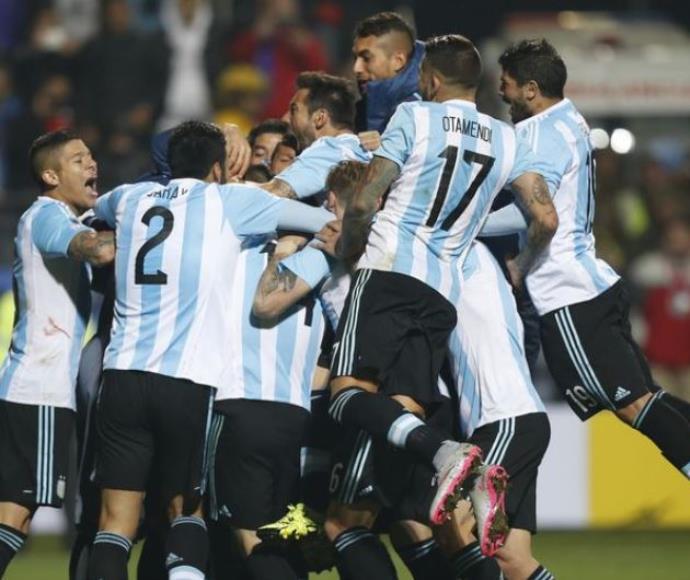 ארגנטינה עלתה לחצי הגמר קופה אמריקה