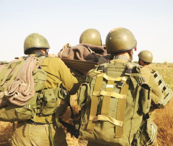 טיפול בפצועים בשדה הקרב, ארכיון