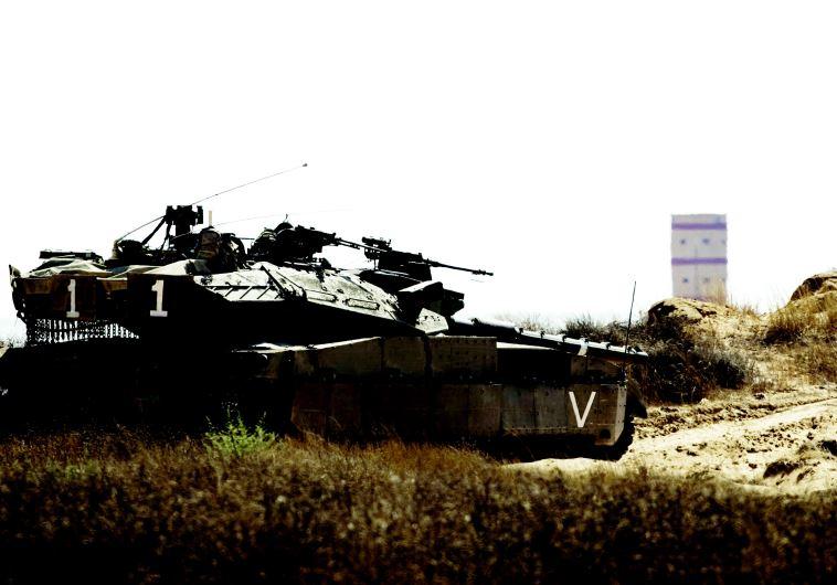 טנק ישראלי בגבול סיני