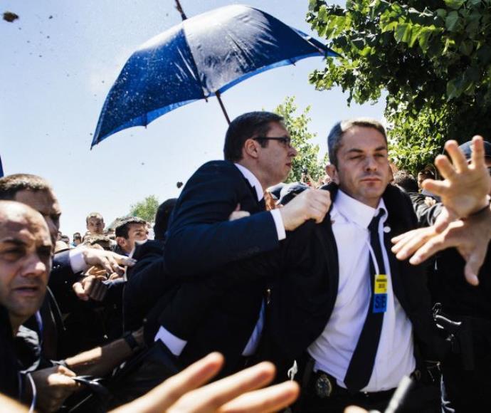 ראש ממשלת סרביה מותקף