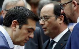 ראש ממשלת יוון ציפראס עם נשיא צרפת פרנסואה הולנד בכינוס ראשי גוש היורו