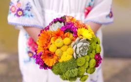 זר פרחים של ברנדי מיתוג והפקה