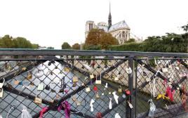 גשר המנעולים בפריז