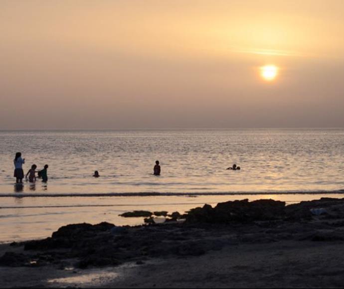 שקיעה בחוף הבונים