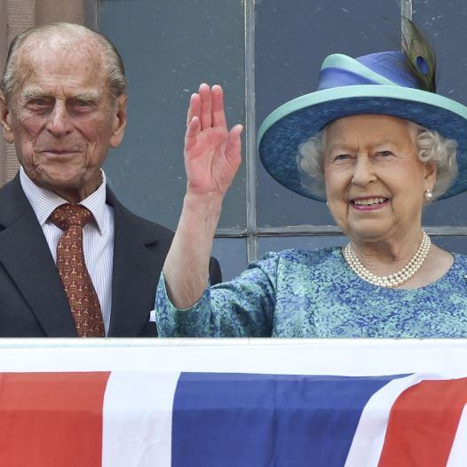 המלכה אליזבת' ה-2 והנסיך פיליפ (צילום: רויטרס)