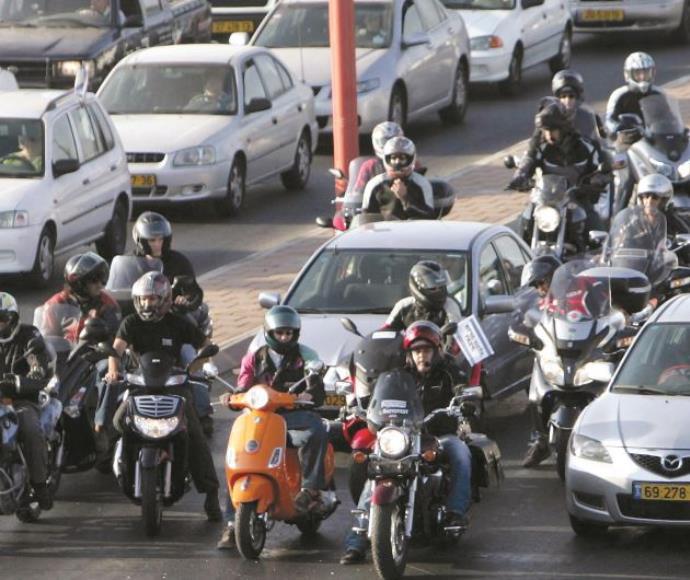 אופנועים בתל אביב