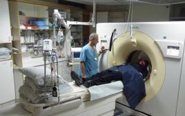 בדיקת CT בבית החולים כרמל