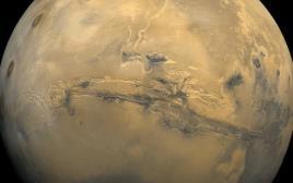 מאדים כפי שצולם מוויקינג 1 ב-22 בפברואר 1980
