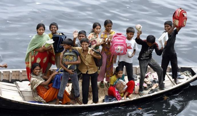 בית ספר צף בבנגלדש