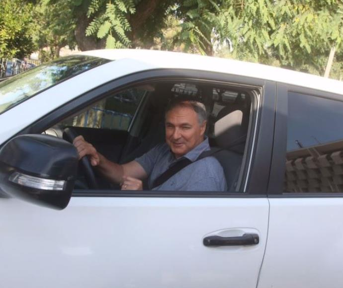 יוחנן דנינו מגיע לוועדת טירקל