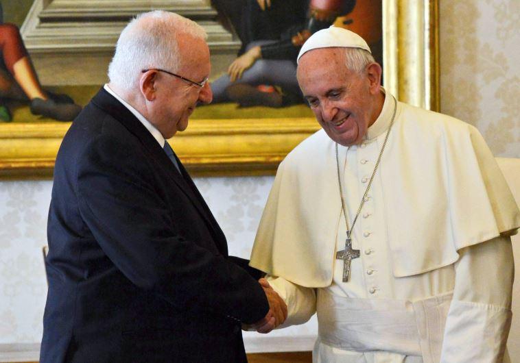 נשיא המדינה והאפיפיור פרנציסקוס