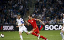 גארת' בייל הוולשי במשחק מול ישראל בחיפה