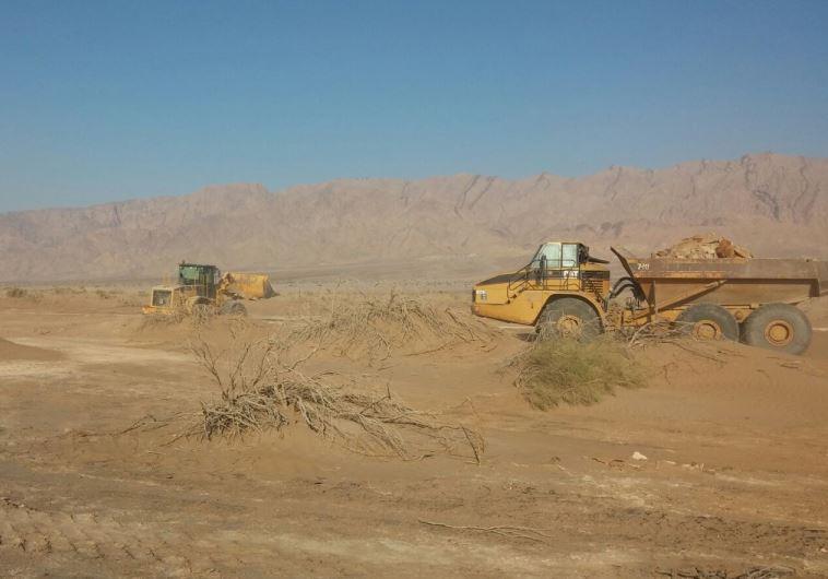 הקמת גדר בירדן. צילום: משרד הביטחון
