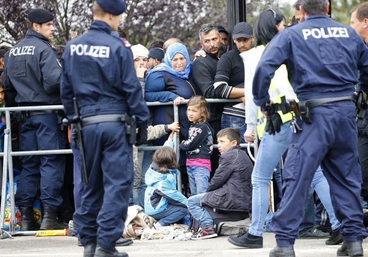 פליטים על גבול הונגריה