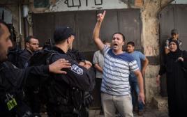 מפגינים פלסטינים בסמוך להר הבית, ארכיון