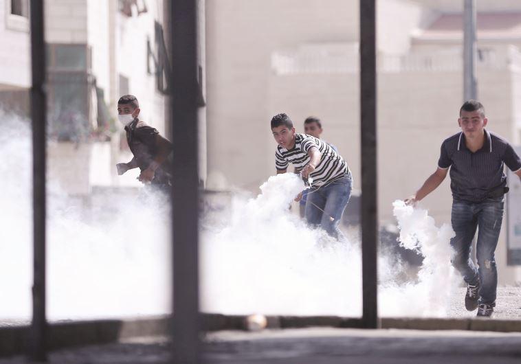 מהומות בהר הבית. צילום: רויטרס