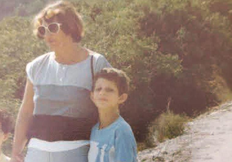דרור רפאל ואמו