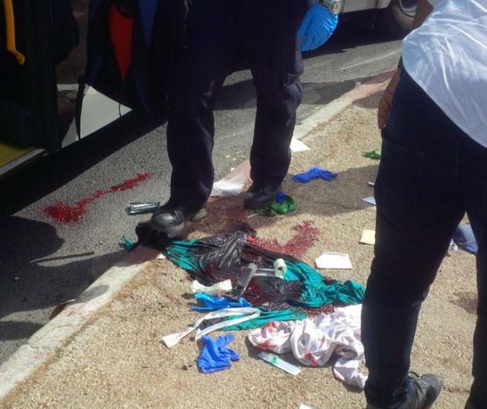 זירת הפיגוע באוטובוס בארמון ההנציב