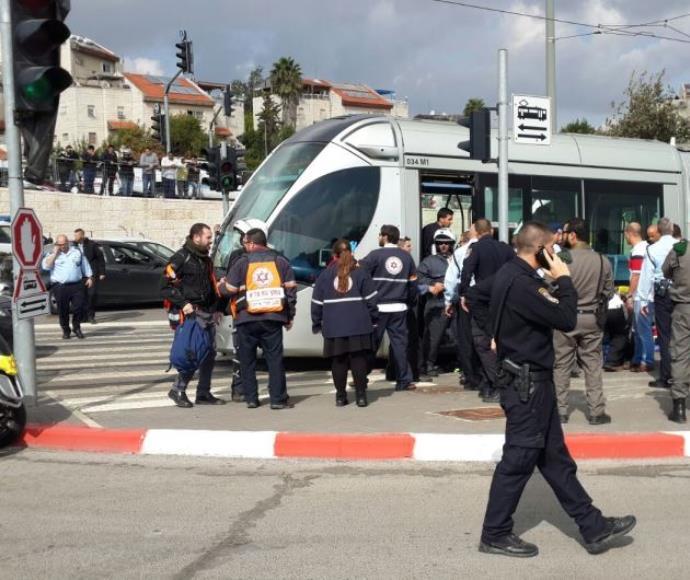 זירת הפיגוע ברכבת הקלה בירושלים