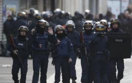 פשיטה משטרתית בסן דני