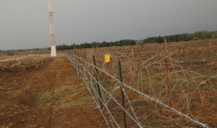 שחזור גדרות מסביב לשדות מוקשים ברמת הגולן