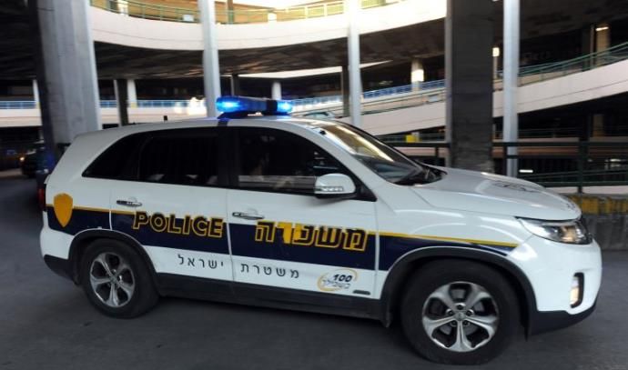 ניידת משטרה בפיגוע בבניין פנורמה בתל אביב