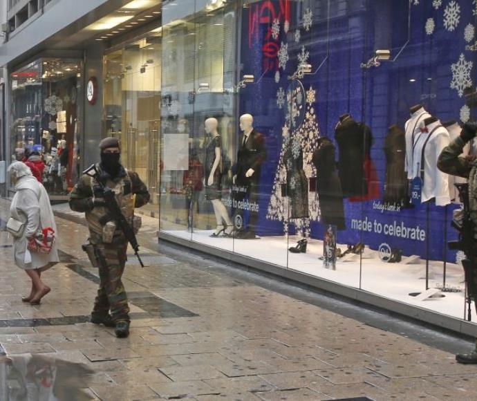 חיילים בלגיים ברחובות בריסל