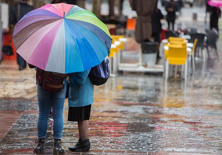 גשם. צילום: יונתן זינדל, פלאש 90